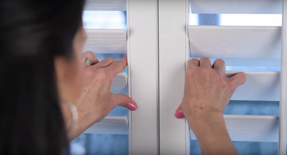 Closing The Panels Of Your Energy Efficient Shutters